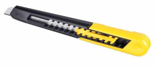 Нож со сменным лезвием 9,5мм пластиковый корпус STANLEY 0-10-150