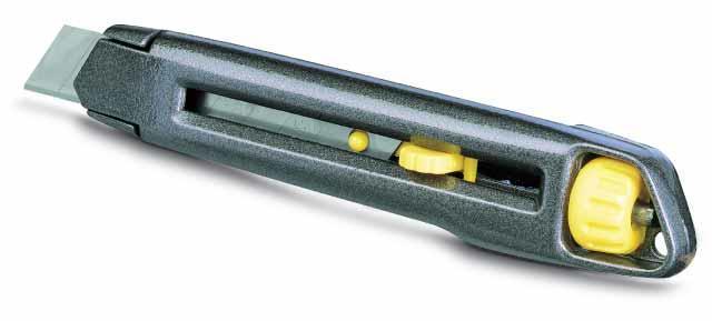 Нож со сменным лезвием 18мм металлический корпус STANLEY 0-10-018